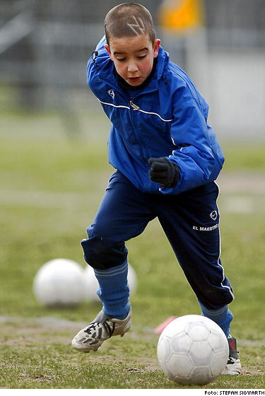 Young Soccer Talent - Basketball Forum : Professional and